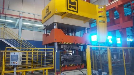 Prensas para Fechamento de Moldes Franca - Prensa Hidráulica Industrial